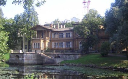 Лопухинский сад и дача Громова